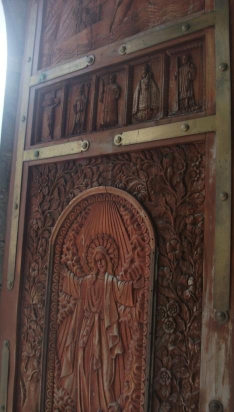 carved20door_zpsokgzhz8x