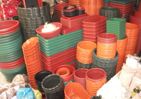 plastic20pots_zpslbgnf8c2