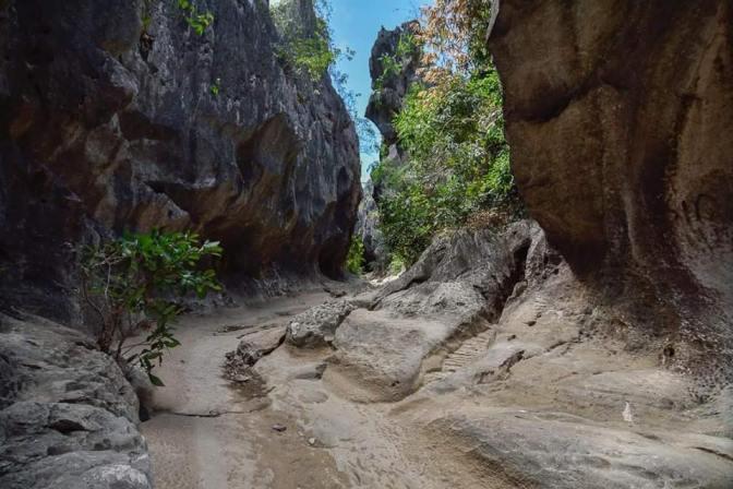 Malangaan Cave entrance