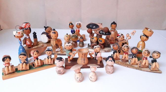 Collecting kokeshi wood dolls for friends