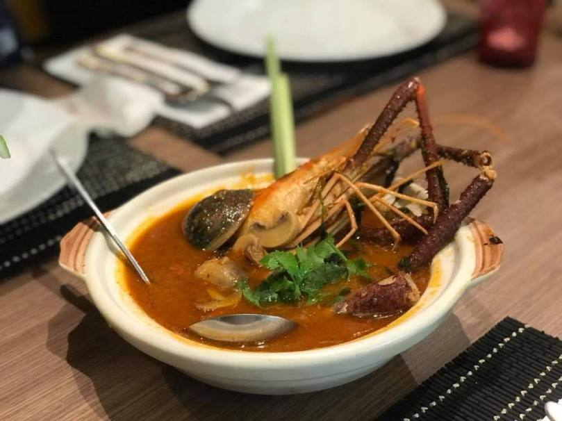 mixed-seafood-tom-yum