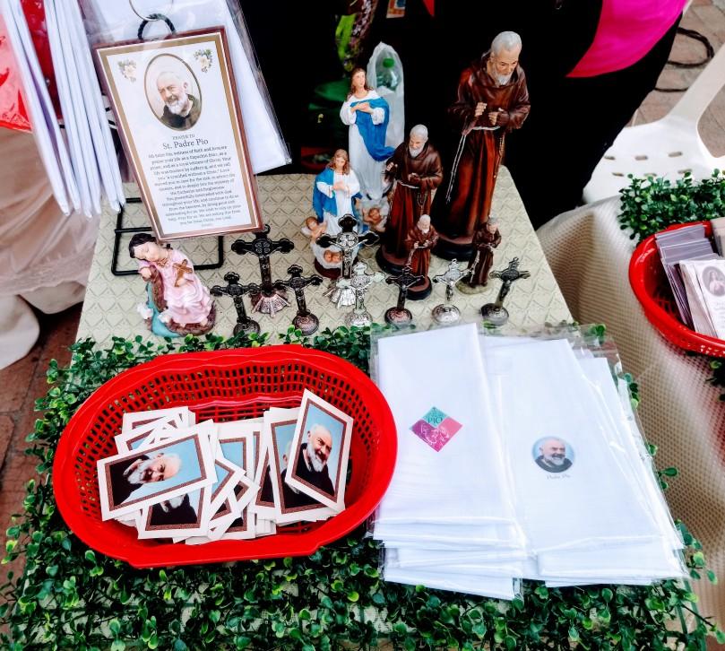 padre-pio-devotional-items