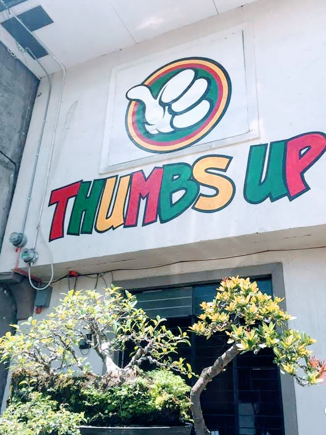 thumbs-up-restaurant