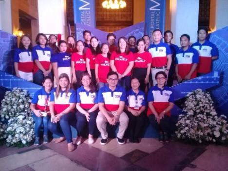 phlpost-employees-group-photo