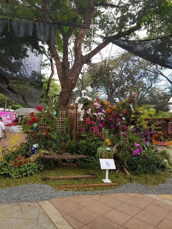 exhibit-booth-5