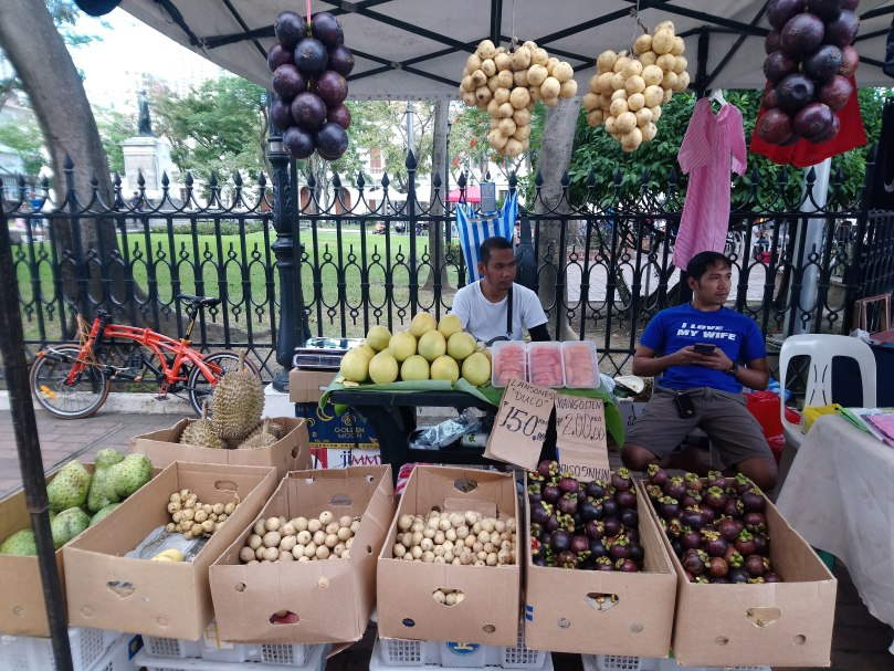 old-manila-fruit-stall