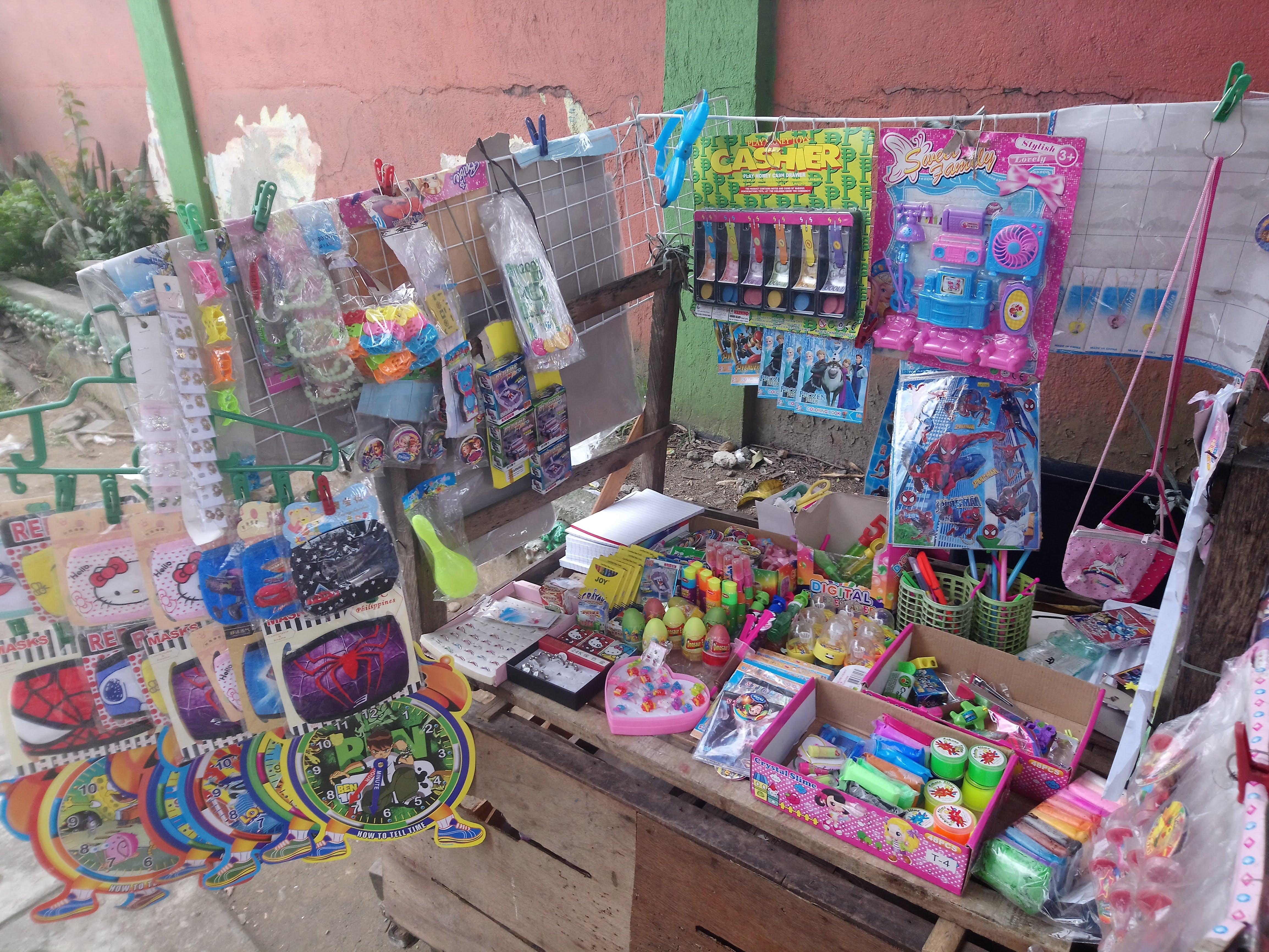 plastic-toys