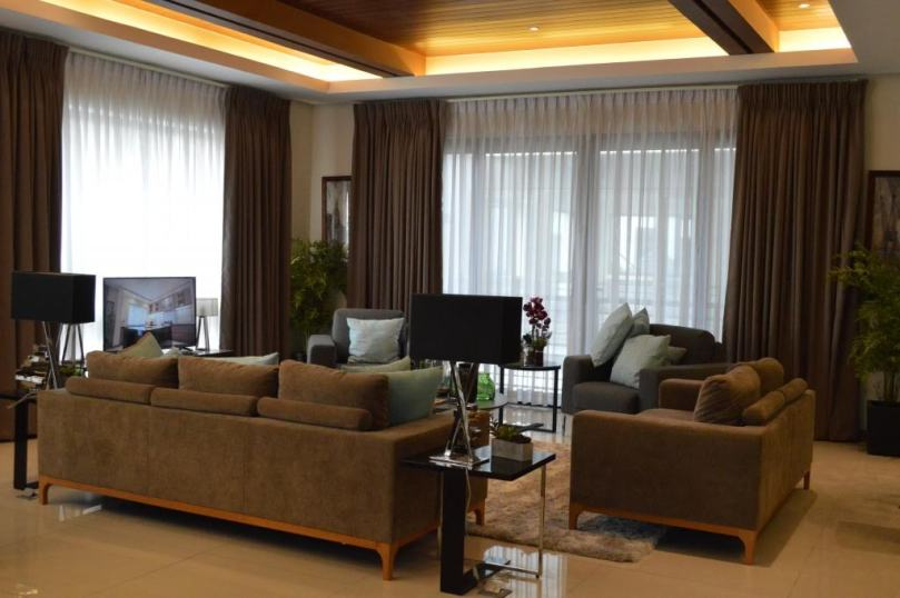 reraon-living-room-