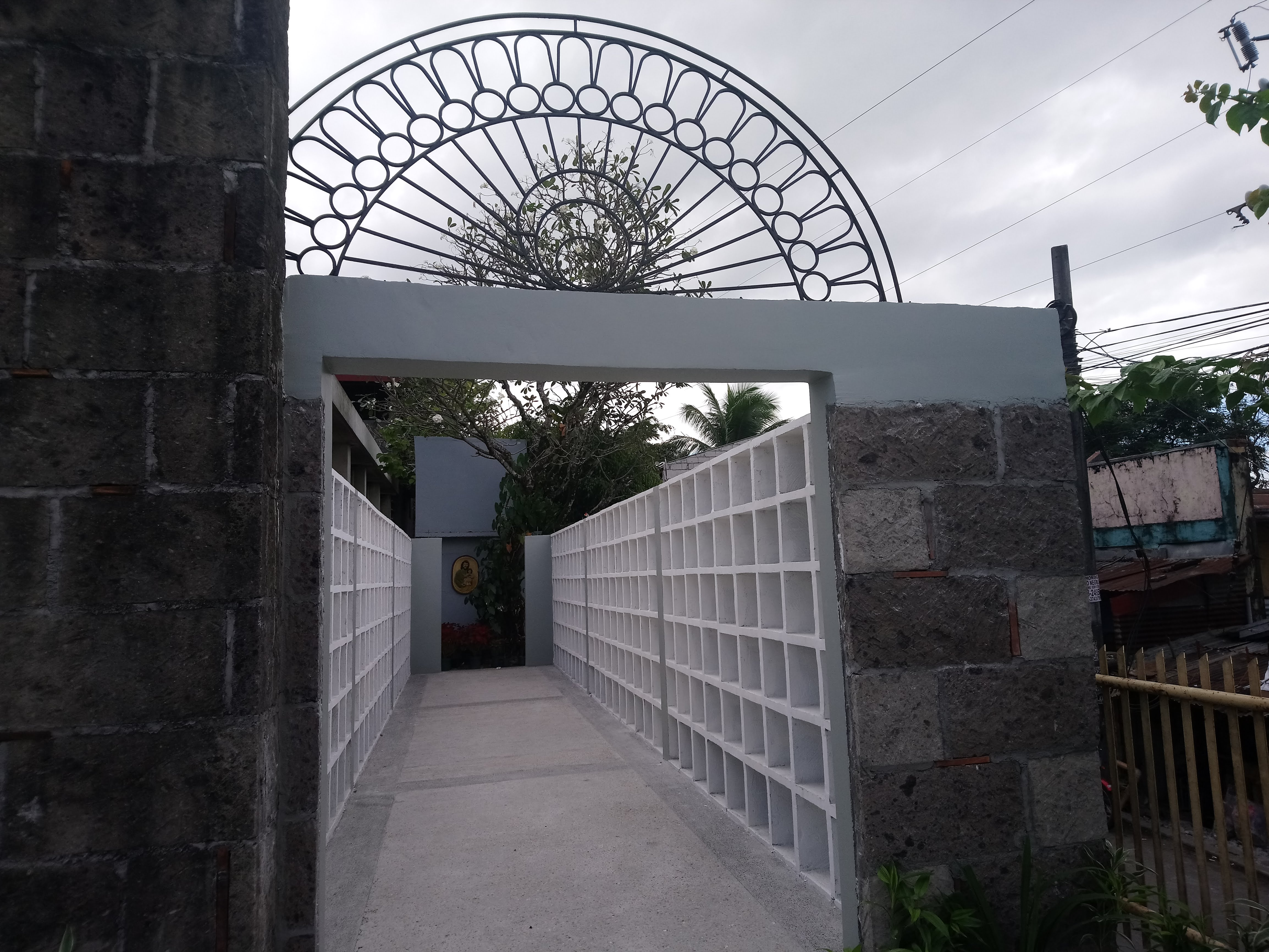 saint-joesph-the-worker-cemetery-vaults