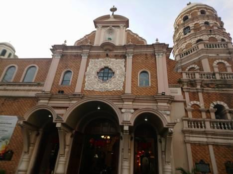 santa-cruz-church-1
