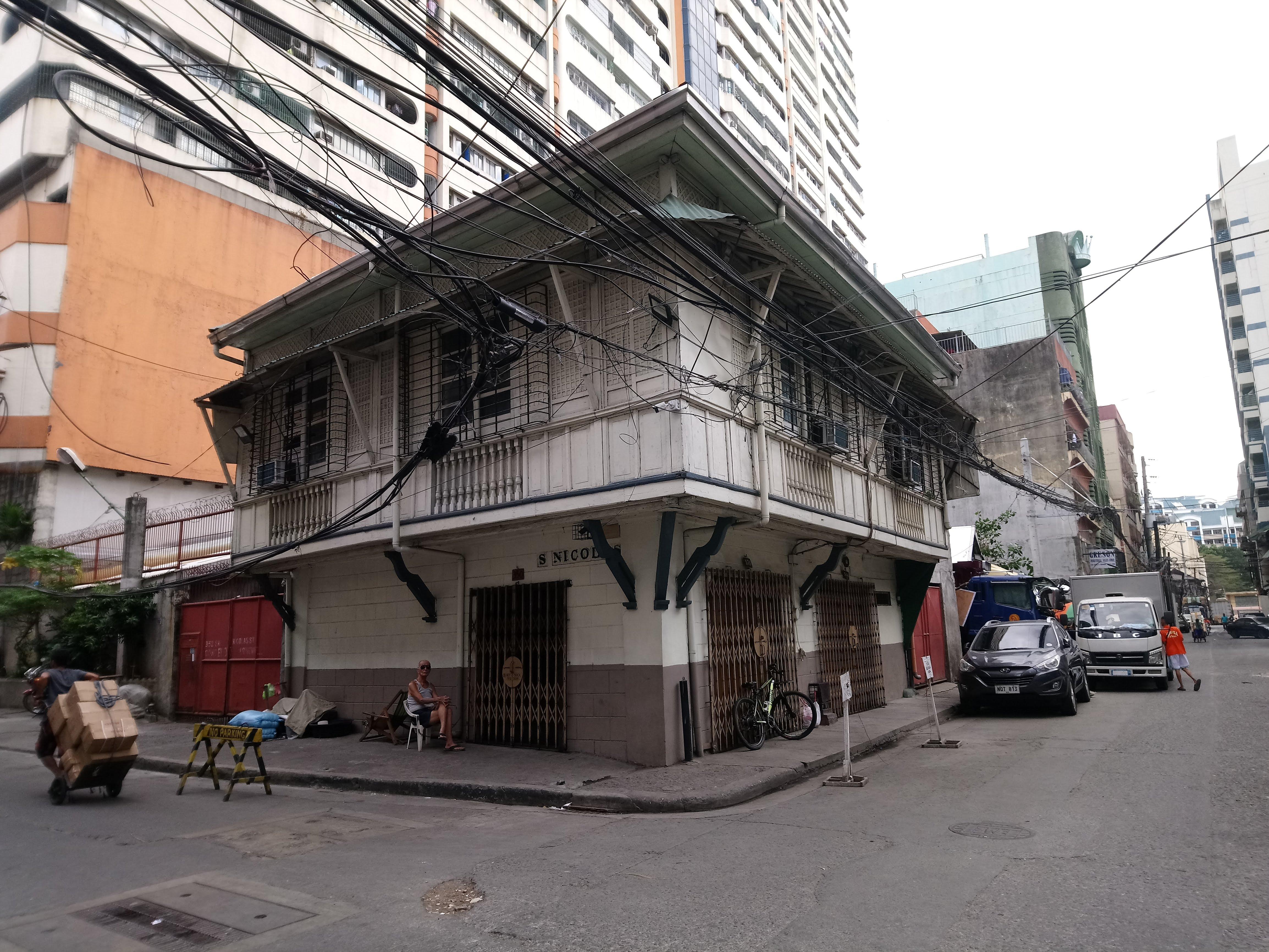 ancestral-house-on-calle-san-nicolas