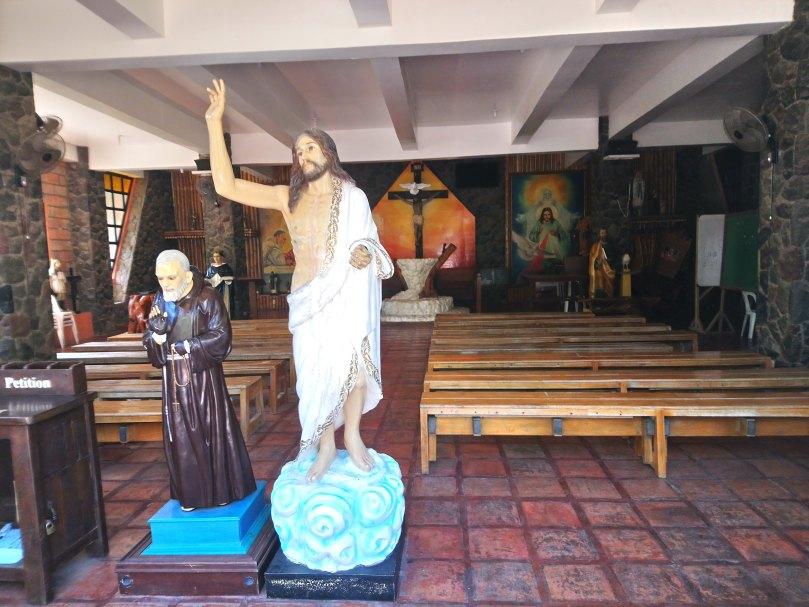 chapel-04