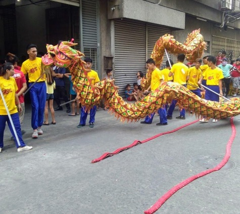 dragon-dancers