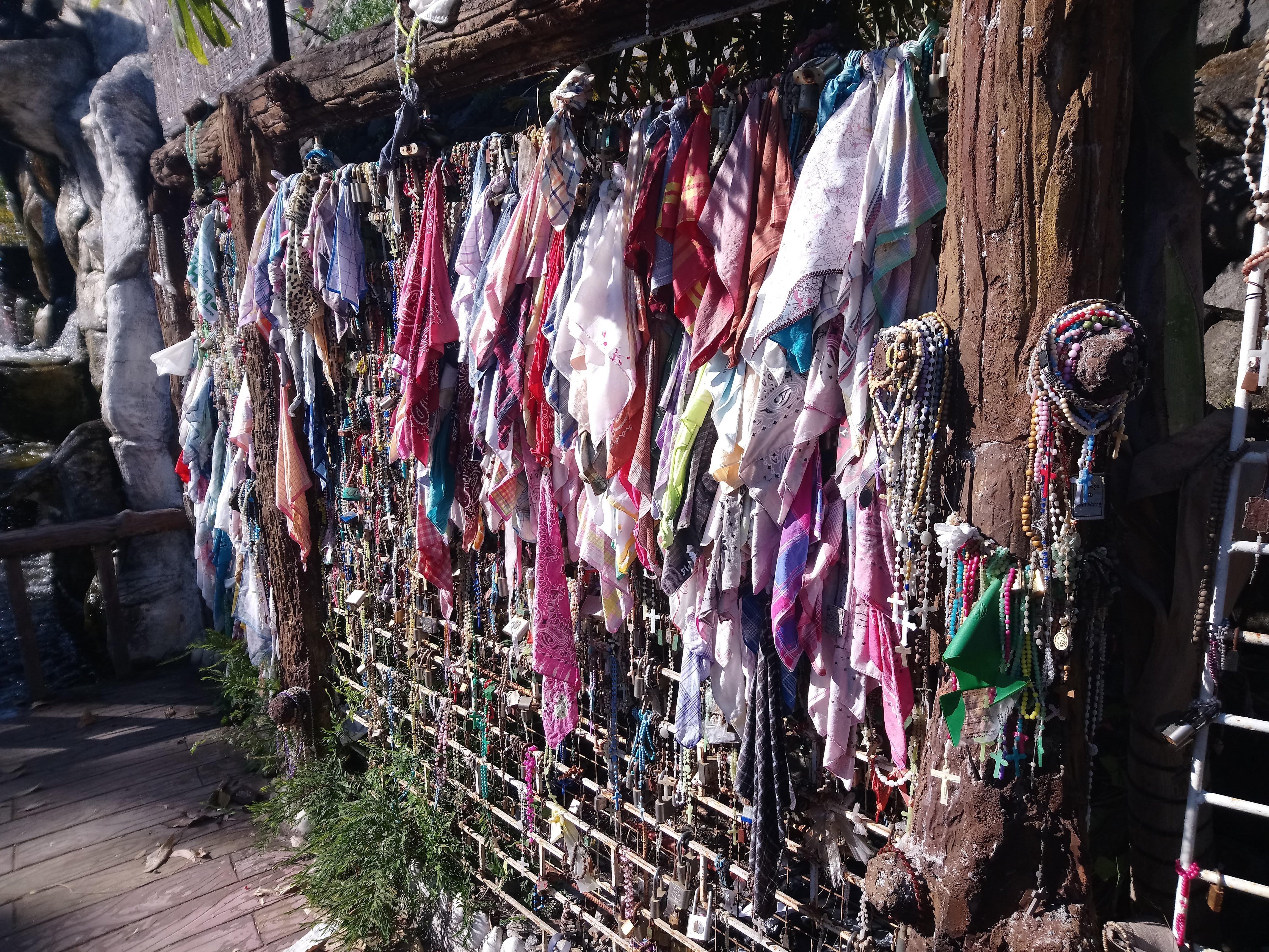 hankerchiefs-and-rosaries-1