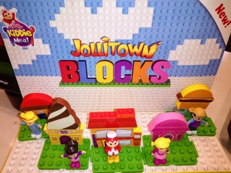 jollitown-blocks-kiddie-meal-toys