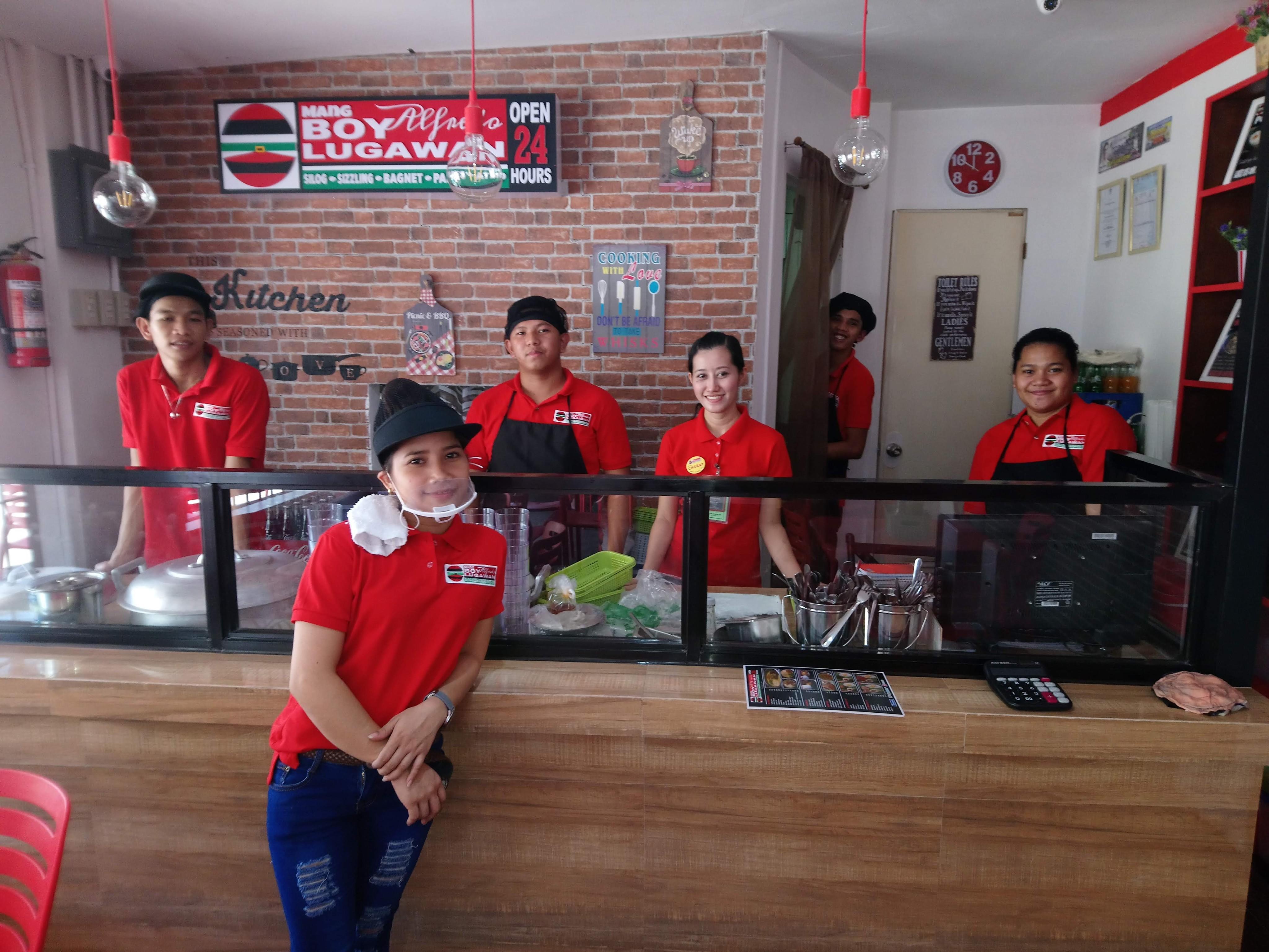mang-boy-alfredo-lugawan-staffs