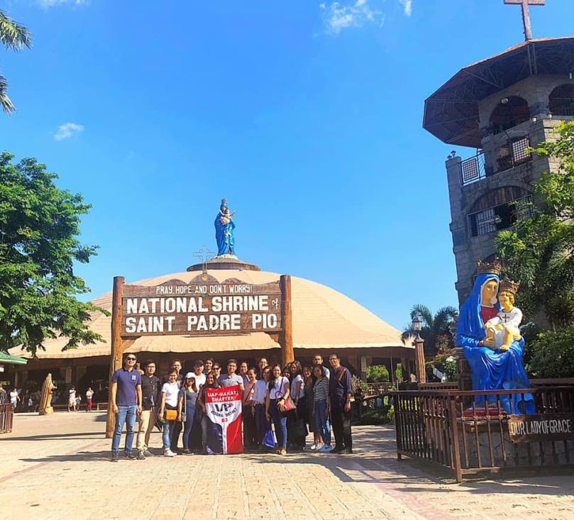 saint-padre-pio-group-photo-uap-makati