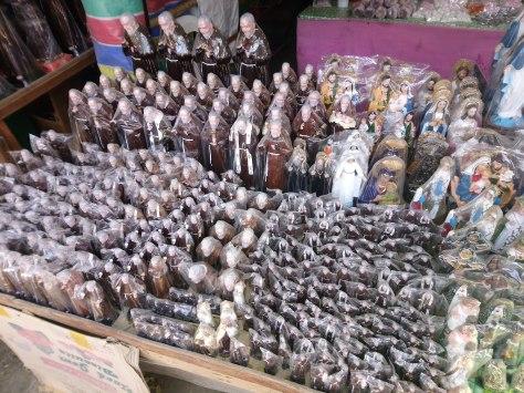 saint-padre-pio-statues2